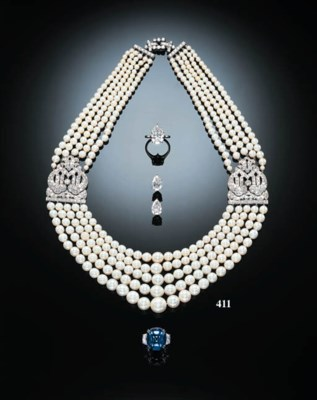 AN EXQUISITE FIVE-STRAND PEARL