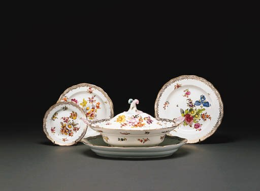 A MEISSEN OUTSIDE-DECORATED PA