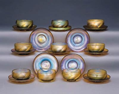 TEN FAVRILE GLASS FINGERBOWLS
