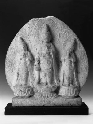 A Chinese carved marble group
