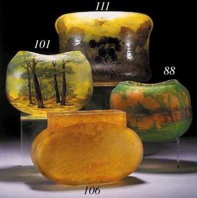 A Daum cameo vase