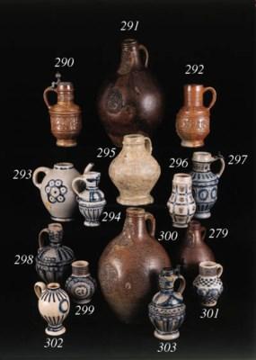 a raeren stoneware armorial ju