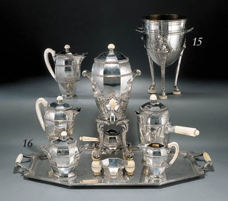 A French silver eight-piece te