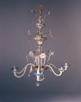 A VENETIAN GLASS CHANDELIER