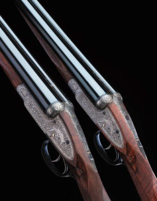 A PAIR OF 12-BORE SIDELEVER 'R