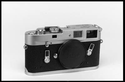 Leica M4 no. 1183804