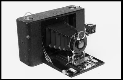 No. 4 Folding Hawk-Eye (model