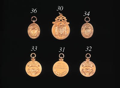 A 14ct gold medal, the reverse