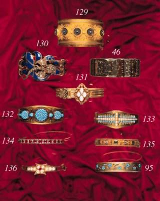 A Victorian gold bangle,