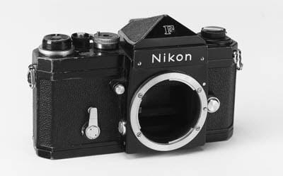 Nikon F no. 6712366