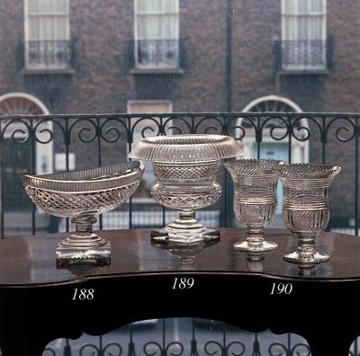 A cut oval pedestal bowl, late
