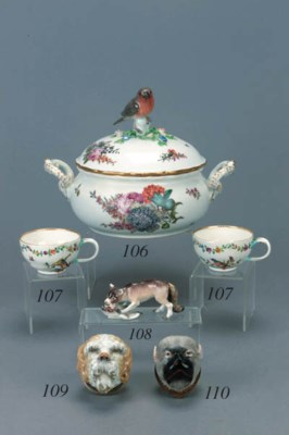 Three similar Meissen teacups