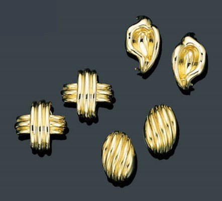 THREE PAIRS OF 18K GOLD EAR CL