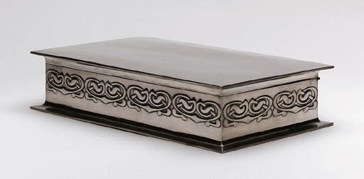 A PEWTER HUMIDOR