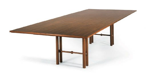 A FRENCH WALNUT DINING TABLE