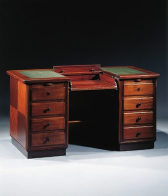 An English writing desk