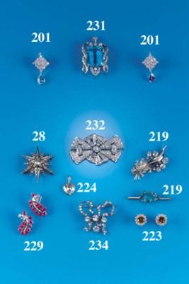 A diamond panel brooch,