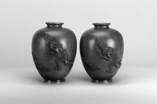 A pair of Japanese bronze balu