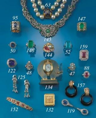 A sapphire and diamond surete