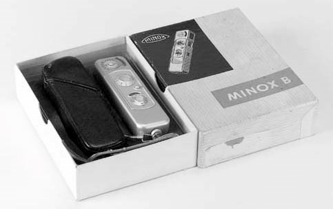 Minox outfit