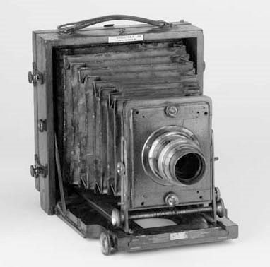 Instantograph 1899 field camer