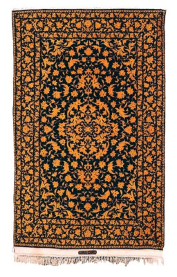 A pair of very fine Isfahan Ha