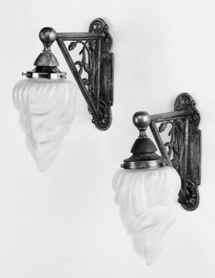 A pair of Art Nouveau style si