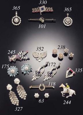 A diamond two stone bar brooch