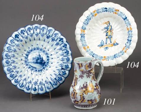 A Delft baluster jug