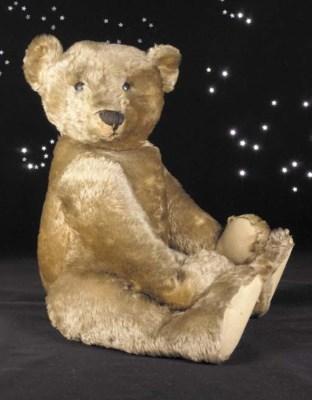 A fine early Steiff teddy bear