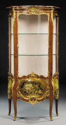 A French ormolu-mounted gold-g