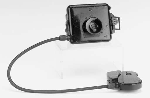 F21 button camera no. 2664