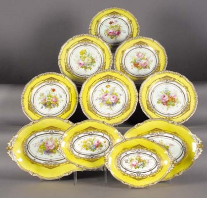 A Royal Crown Derby lemon-yell
