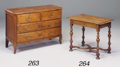 A William III period walnut si