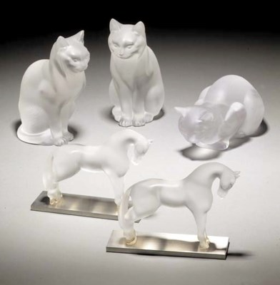 A GROUP OF POST-WAR ANIMAL FIG