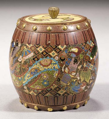 A cloisonne barrel-shaped box