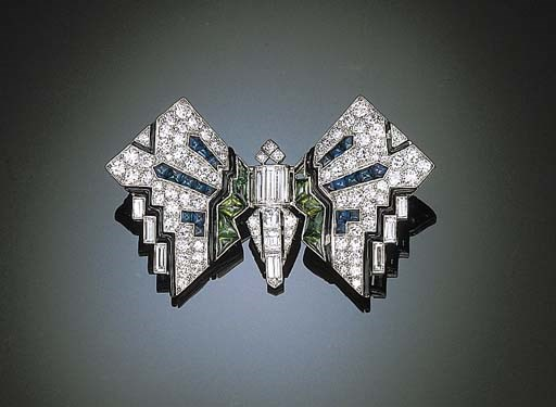 AN ART DECO BUTTERFLY BROOCH