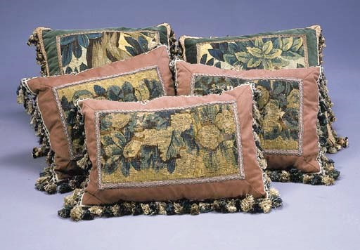 A GROUP OF FIVE TAPESTRY PILLO
