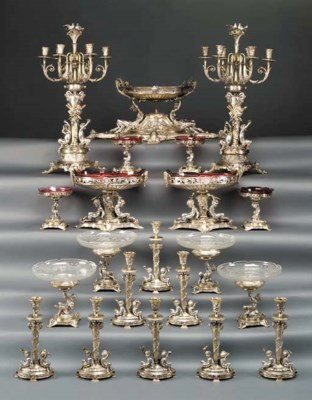 A VICTORIAN SILVER AND SILVER-