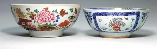 TWO CHINESE EXPORT FAMILLE ROS