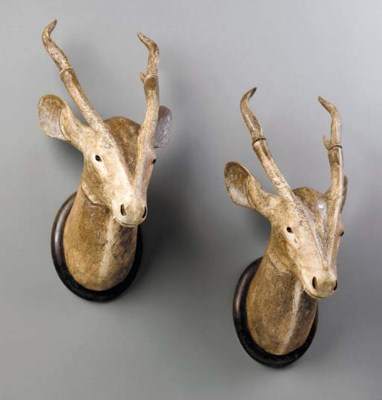 A PAIR OF STAG'S HEAD WALL TRO