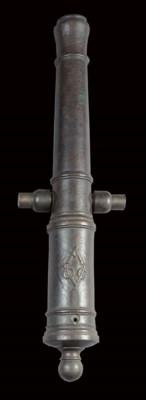 A Dutch bronze one pound canno