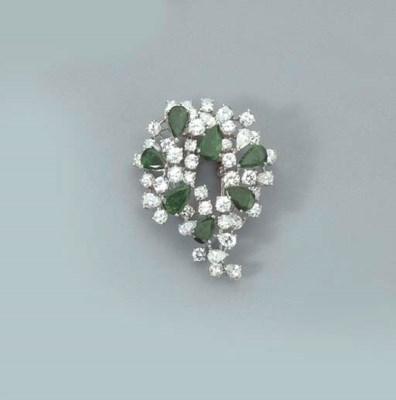 A DIAMOND AND EMERALD CLIP/BRO