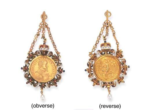 A 16TH CENTURY GOLD MEDAL OF A