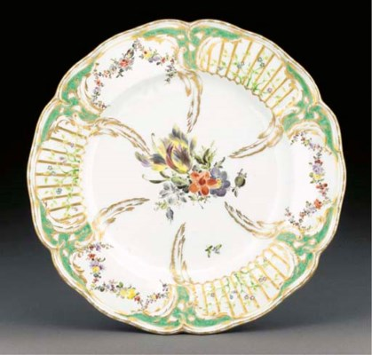 A Berlin Royal lobed plate fro
