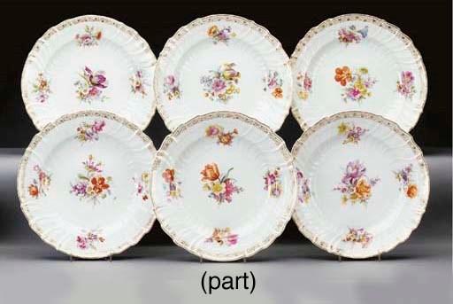 Twelve Berlin (K.P.M.) porcela