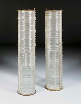 A pair of cylindrical lanterns