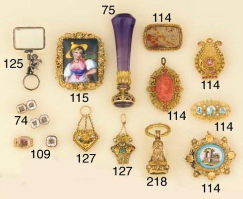 Five antique gold cannetille m
