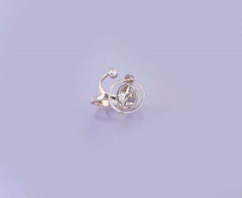 A diamond ring of planetary de