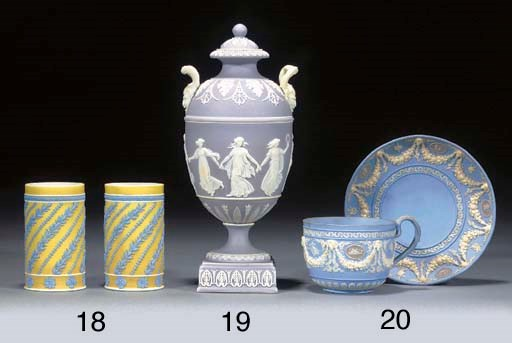 A pair of Wedgwood yellow-dip